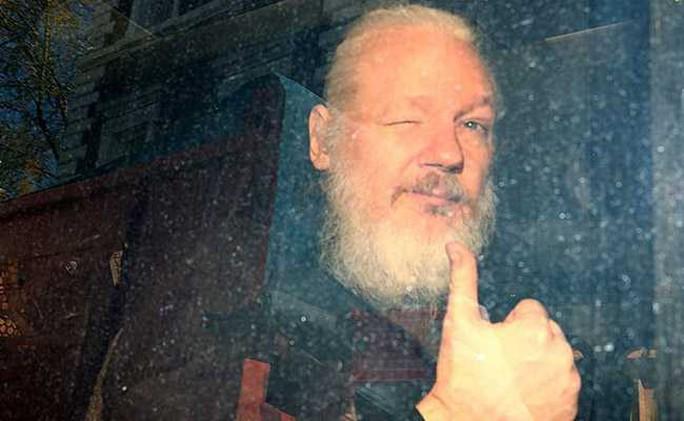 Ecuador hứng 40 triệu cuộc tấn công mạng sau biến cố Wikileaks - Ảnh 1.