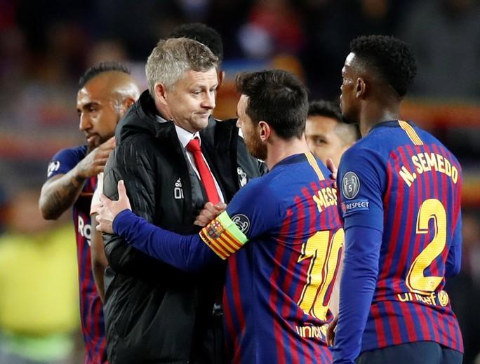 Messi tỏa sáng, Man United trắng tay Champions League - Ảnh 2.