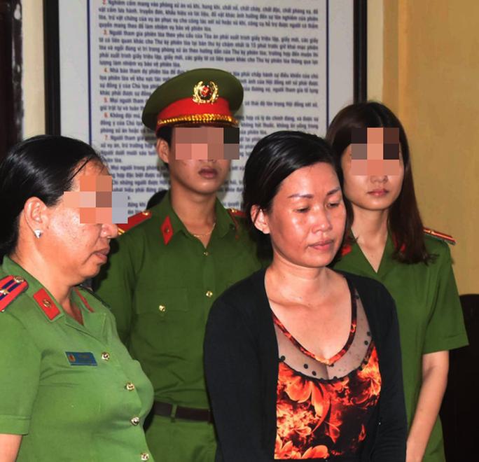 Vu khống cán bộ quan hệ bất chính và cướp tiền, nữ giám đốc lãnh án tù - Ảnh 1.