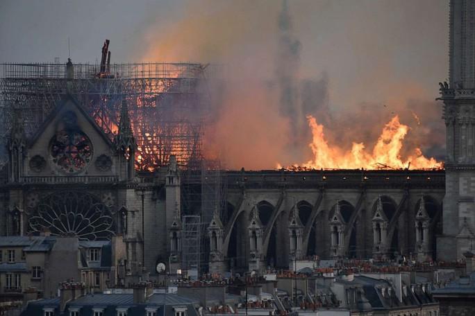 Cháy Nhà thờ Đức Bà Paris: Thách thức ở phía trước - Ảnh 1.