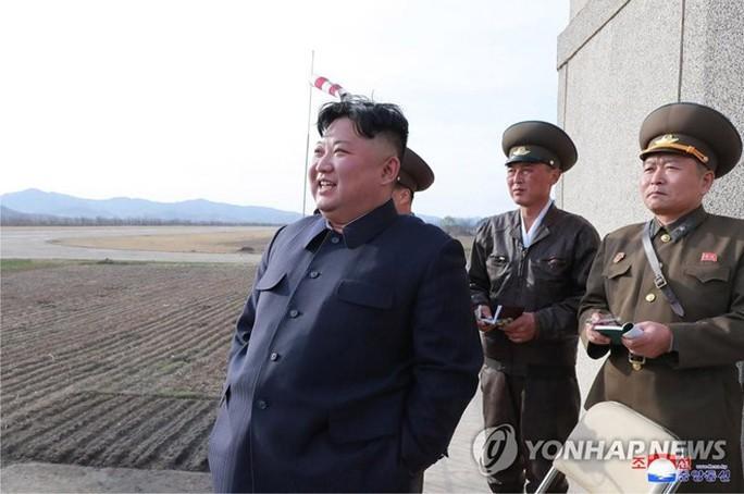 Sau hạt nhân, Triều Tiên hé lộ đang theo đuổi loại vũ khí chiến thuật mới - Ảnh 1.