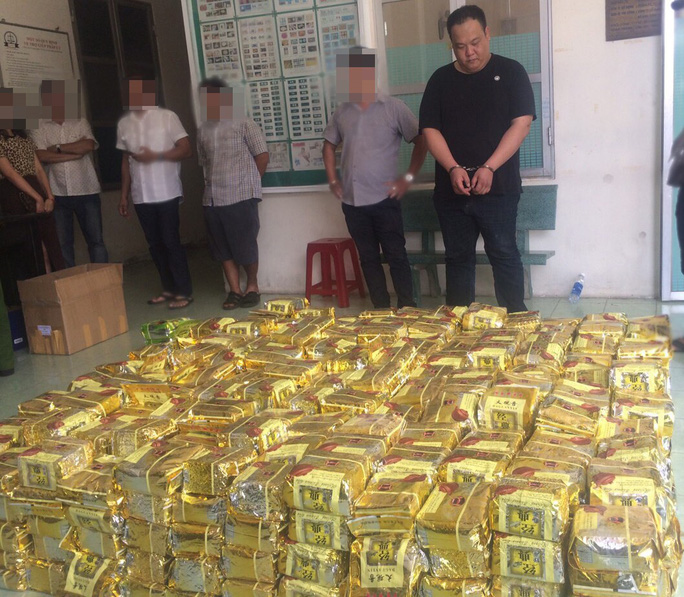 Thưởng nóng chuyên án triệt phá 1,1 tấn ma túy ở TP HCM - Ảnh 2.