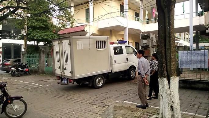 Xử kín vụ cựu Phó phòng Cảnh sát Kinh tế Công an tỉnh Thái Bình và đồng phạm xâm hại nữ sinh lớp 9 - Ảnh 1.