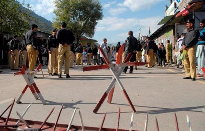 Quân đội Ấn Độ và Pakistan nã đạn vào nhau ở biên giới, 7 người thiệt mạng - Ảnh 1.