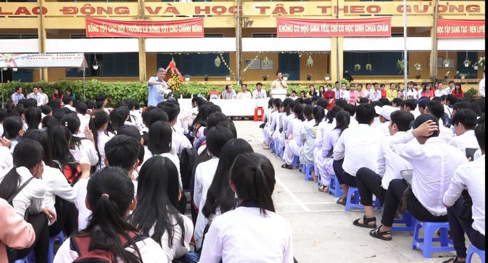 Phòng chống... trên giấy, bạo lực học đường tăng: Cách đánh giá, giáo dục đạo đức phải khác - Ảnh 1.