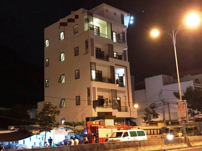 Đột kích khách sạn nghi chứa tội phạm công nghệ cao người Trung Quốc - Ảnh 1.