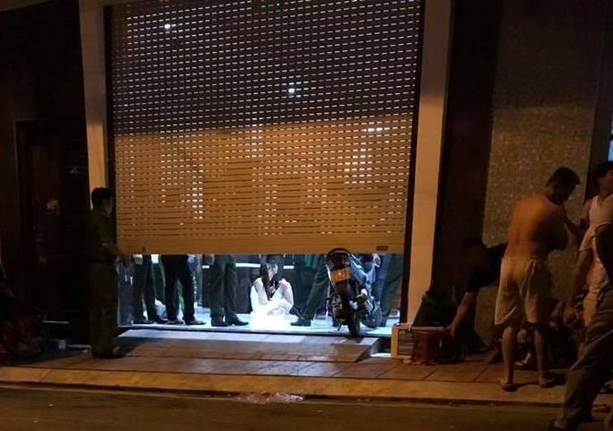 Đột kích khách sạn nghi chứa tội phạm công nghệ cao người Trung Quốc - Ảnh 2.