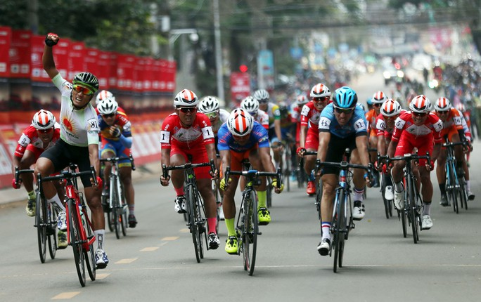 Giải xe đạp tranh Cúp Truyền hình TP HCM: Nguyễn Thành Tâm lên tiếng - Ảnh 4.