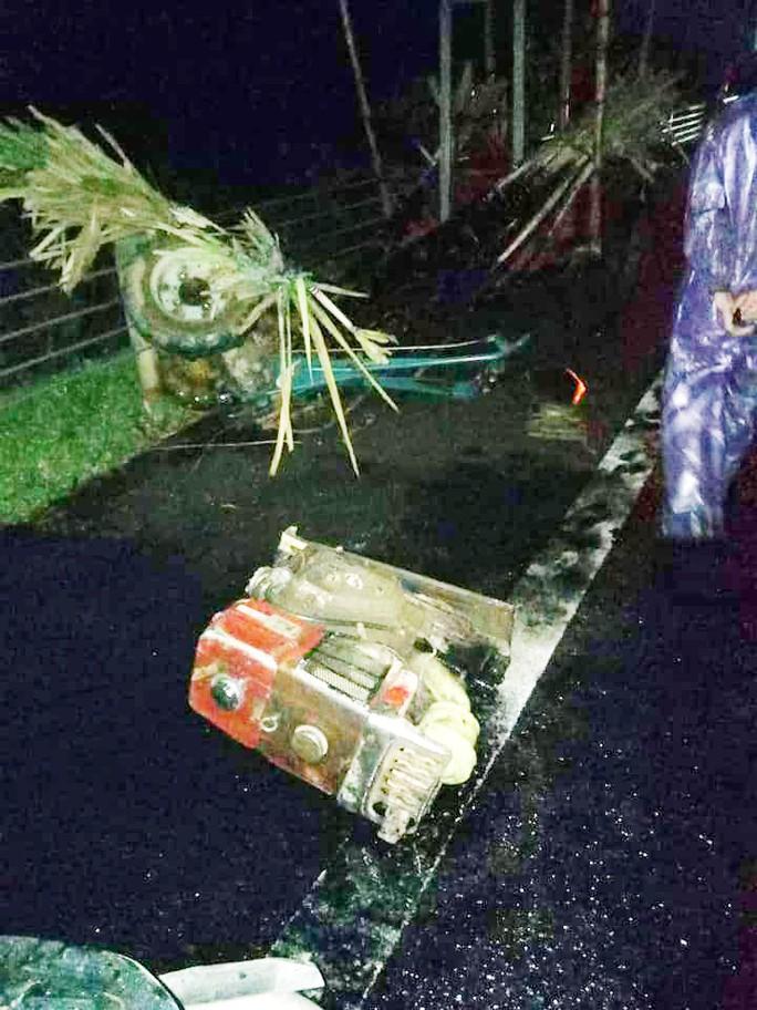Xe khách tông trực diện xe con, 2 người tử vong kẹt trong xe - Ảnh 5.