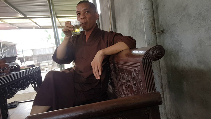 Xôn xao thông tin trụ trì chùa Trung Hành dọa thả chó cắn nát mặt Phật tử - Ảnh 1.