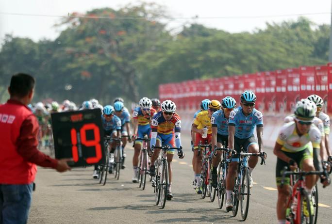 Lê Nguyệt Minh củng cố áo xanh - Ảnh 4.
