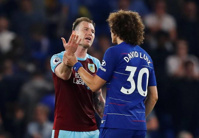HLV Sarri bị đuổi, Chelsea vuột chiến thắng trước Burnley - Ảnh 5.