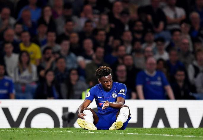 HLV Sarri bị đuổi, Chelsea vuột chiến thắng trước Burnley - Ảnh 12.