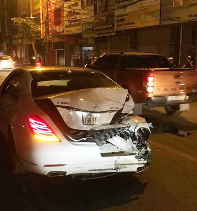 Xe điên gây tai nạn liên hoàn trên phố, nhiều người thương vong - Ảnh 5.