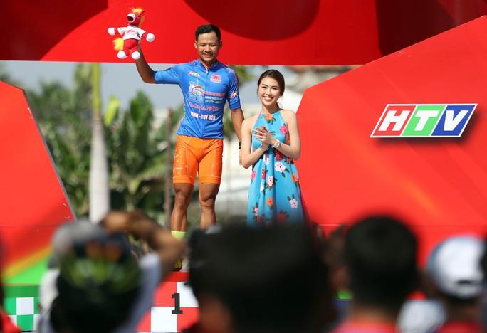 Giải xe đạp Cúp Truyền hình TP HCM: Nguyễn Trường Tài xé áo vàng - Ảnh 7.