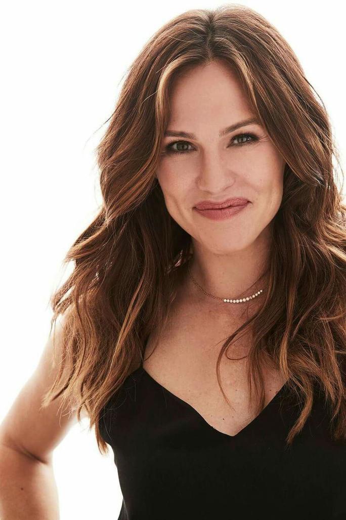 Ly hôn và có 3 con, Jennifer Garner vẫn được chọn The Beautifull - Ảnh 1.