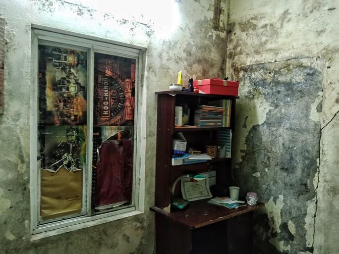 Ứa lệ trong đêm trắng ở căn nhà xập xệ của nữ công nhân môi trường tử nạn - Ảnh 10.