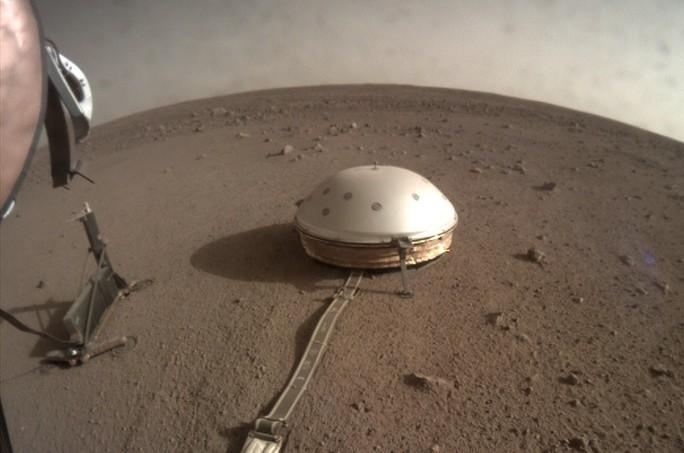 Tàu NASA bắt được cơn động đất ngoài hành tinh - Ảnh 1.