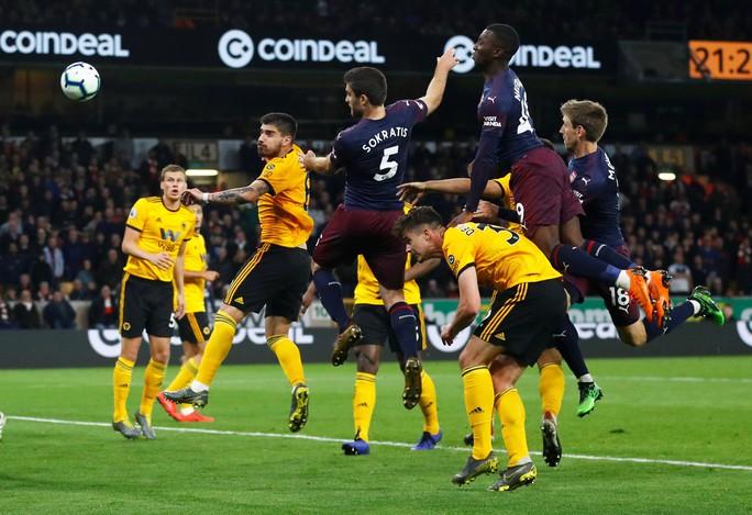 Hạ gục Man United trận derby, Man City tiến sát ngôi vô địch - Ảnh 10.