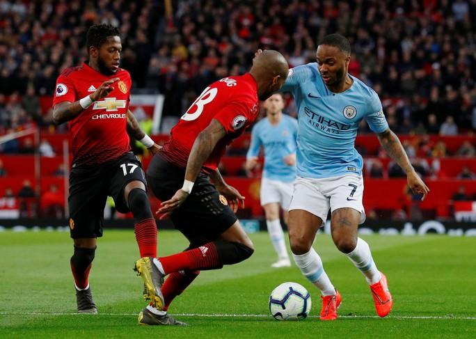 Hạ gục Man United trận derby, Man City tiến sát ngôi vô địch - Ảnh 3.