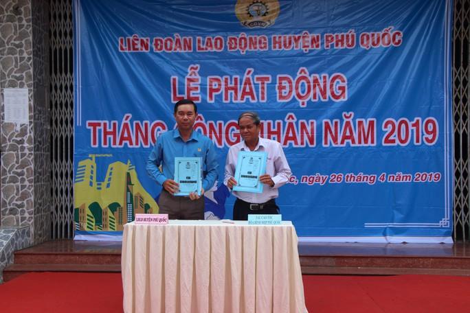 LĐLĐ huyện Phú Quốc: Ký thỏa thuận hợp tác chăm lo cho đoàn viên - Ảnh 1.