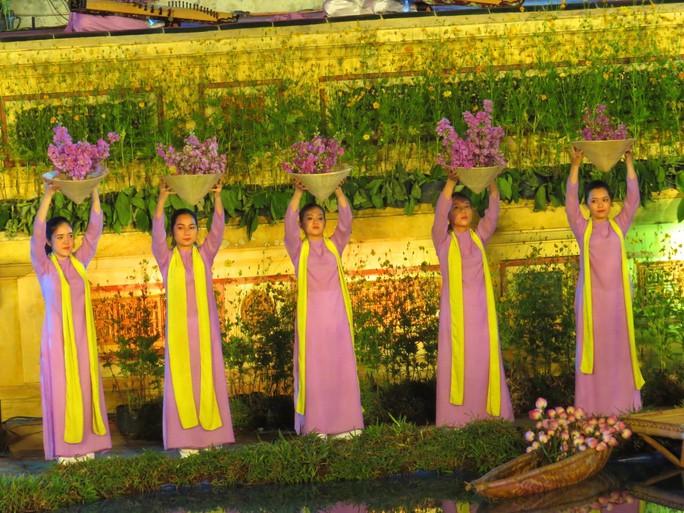 Khai mạc Festival nghề truyền thống Huế 2019 - Ảnh 4.