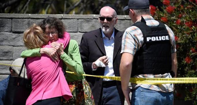 Mỹ: Bắt nghi phạm xả súng ở giáo đường - Ảnh 1.