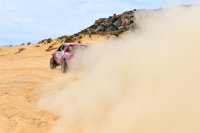 Quá hấp dẫn giải đua xe địa hình sa mạc ở Ninh Thuận - Ảnh 5.