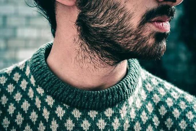 Phản ứng trước nghiên cứu râu bẩn hơn lông chó - Ảnh 2.