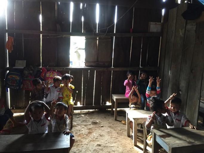 Bi hài chuyện chi tiền cho giáo viên miền núi rồi đòi lại ở Quảng Nam - Ảnh 1.