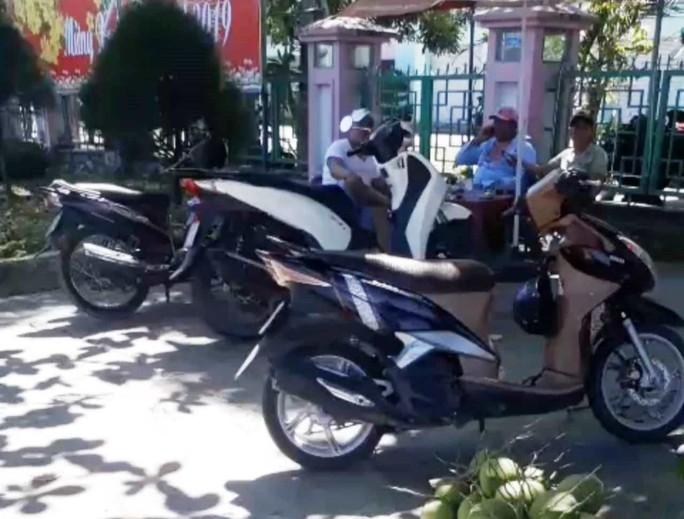 Lâm Đồng: Phóng viên bị côn đồ hành hung tại buổi mua hồ sơ dự thầu - Ảnh 1.