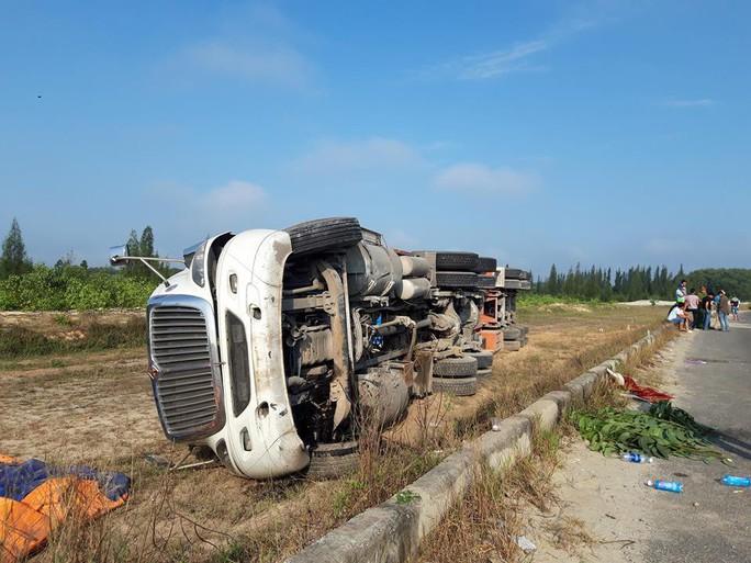 Quảng Nam: Tai nạn liên tiếp xảy ra trong một buổi sáng - Ảnh 2.