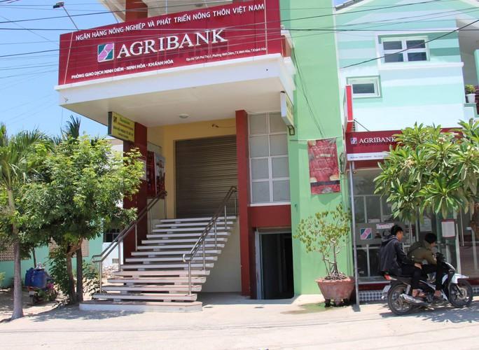 Agribank Khánh Hòa nói gì về việc bốc hơi hàng trăm triệu đồng của khách hàng? - Ảnh 1.