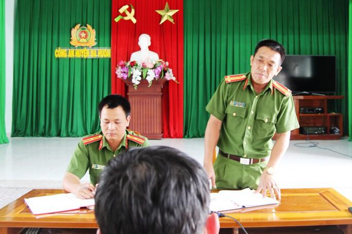 Vụ nhà báo bị côn đồ hành hung: Cơ quan chức năng huyện Đạ Huoai nói gì? - Ảnh 1.