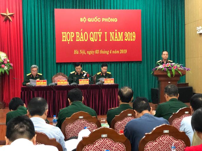 Bộ quần áo đặc biệt bảo vệ thi hài Bác Hồ do Việt Nam sản xuất - Ảnh 1.