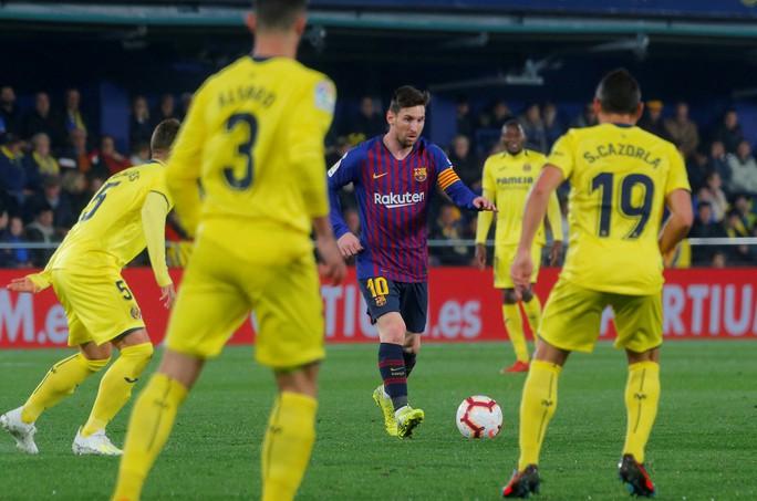 Barcelona sẽ bỏ 175 triệu bảng, trói buộc Lionel Messi - Ảnh 1.