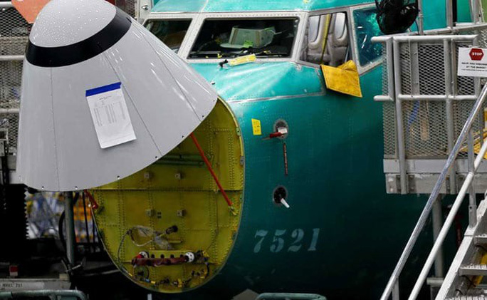 Boeing đổ lỗi cho phi công trong các vụ rơi 737 MAX 8 - Ảnh 1.