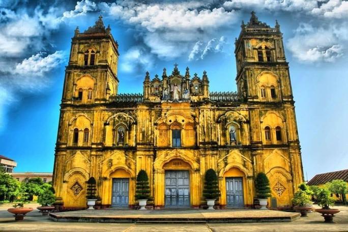 Nhà thờ Bùi Chu 134 năm tuổi sẽ được hạ giải để xây nhà thờ mới? - Ảnh 2.
