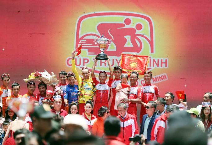 Giải đua xe đạp tranh Cúp Truyền hình: TP HCM hoàn tất cú ăn ba - Ảnh 5.