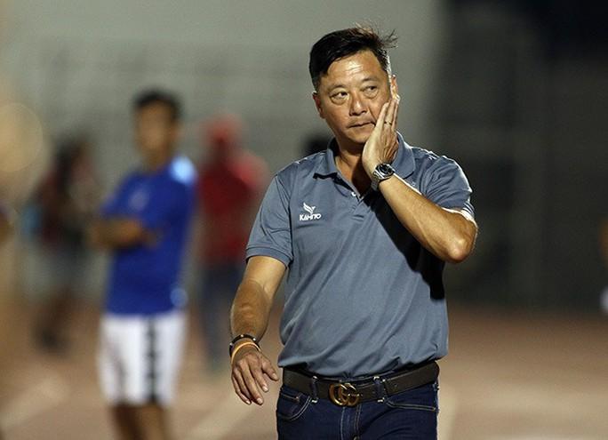 Huỳnh Đức làm gì để giúp Hà Đức Chinh, thay vì suốt ngày chỉ trích? - Ảnh 2.