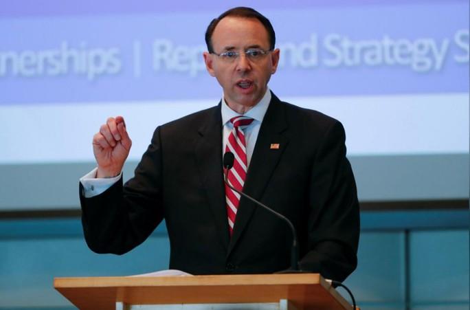 Hé lộ nguyên nhân Thứ trưởng Tư pháp Mỹ chậm từ chức - Ảnh 1.