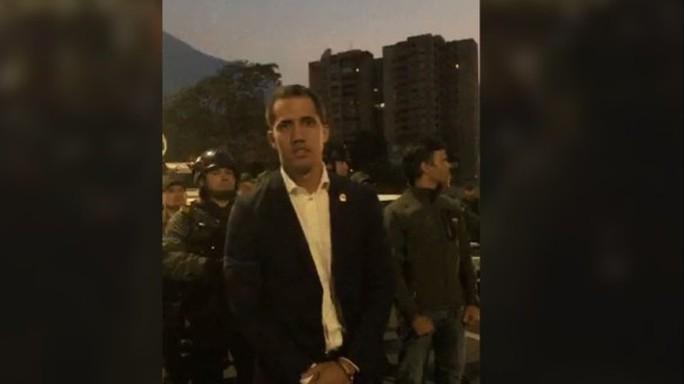 Thủ lĩnh đối lập Venezuela tuyên bố đảo chính, lật đổ Tổng thống Maduro - Ảnh 1.