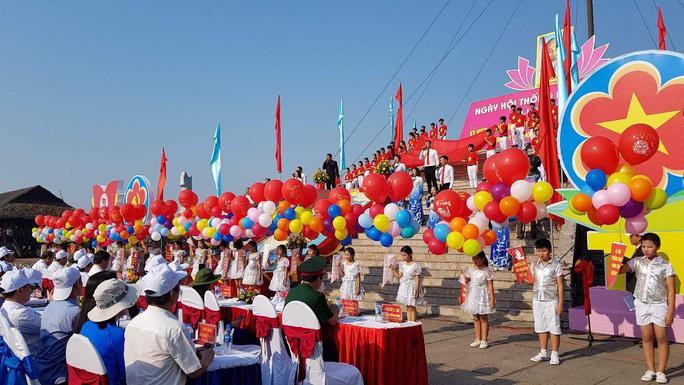 Long trọng tổ chức Lễ thượng cờ Thống nhất non sông - Ảnh 3.