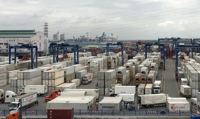 Doanh nghiệp bị khởi tố vì làm hồ sơ giả nhập khẩu phế liệu - Ảnh 1.