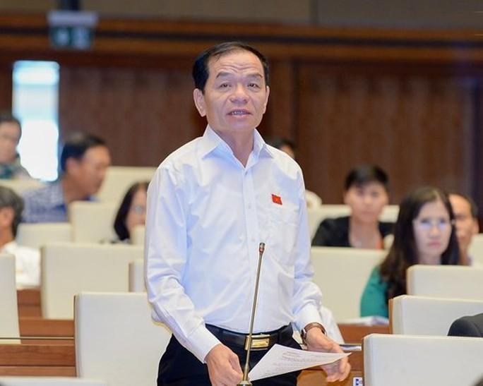 Chủ tịch HĐND tỉnh Ninh Bình đi xe biển 80B: Vi phạm quy định về trách nhiệm nêu gương - Ảnh 2.