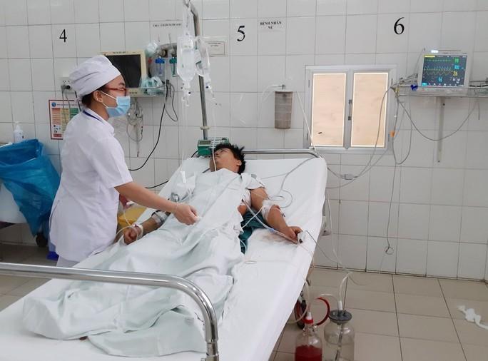 Cứu sống bệnh nhân bị đâm thủng tim - Ảnh 1.