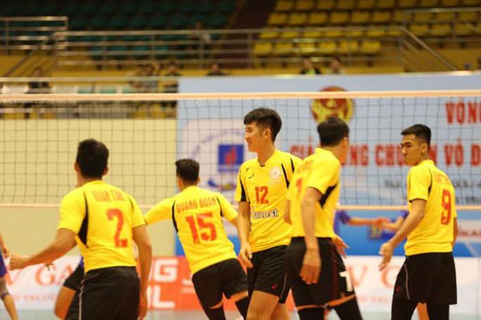 Giải Vô địch bóng chuyền quốc gia 2019: Ngã ngũ các suất vé dự Cúp Hùng Vương - Ảnh 1.