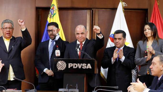 Mỹ chặn Venezuela chuyển dầu đến Cuba - Ảnh 2.