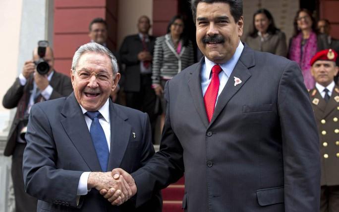 Mỹ chặn Venezuela chuyển dầu đến Cuba - Ảnh 3.