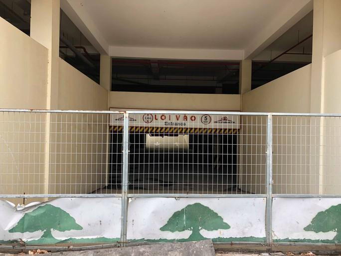[Video Flycam] Hàng ngàn căn hộ tái định cư bỏ hoang ở TP HCM - Ảnh 7.